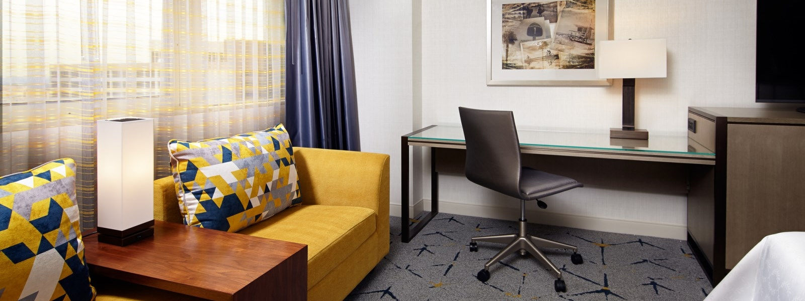 Sheraton LAX Hotel Features - Guest Rooms