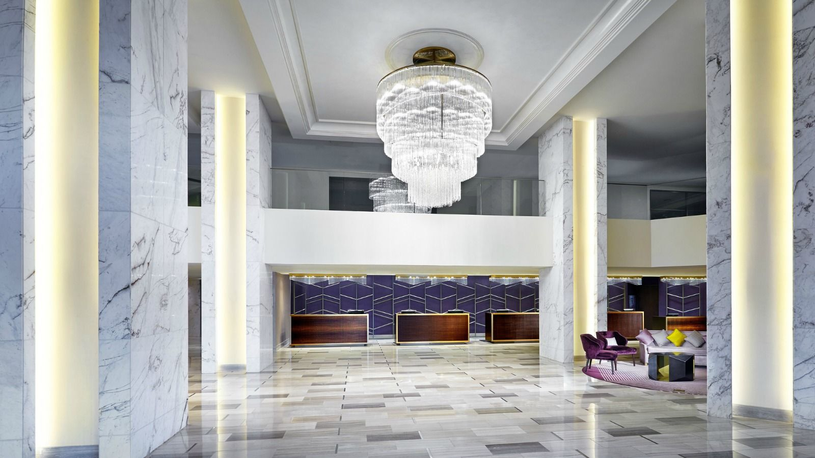 LAX Government Hotel Offer - Lobby