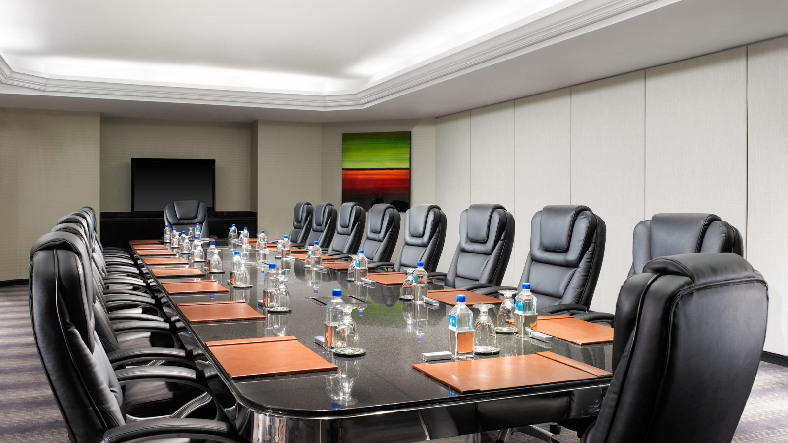 Simplify Your Meetings with Sheraton Gateway Los Angeles Hotel
